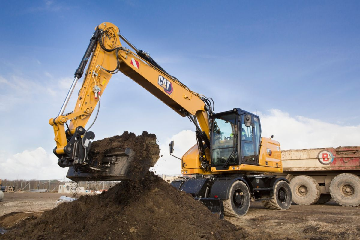 Get the job done faster with the M318 Wheeled Excavator